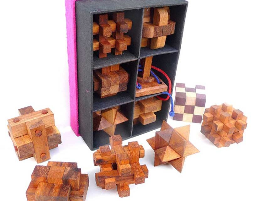 Rompicapo in legno per bambini