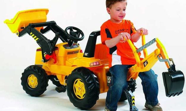 Trattori per bambini a pedali e cavalcabili