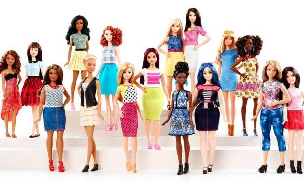 Barbie collezione nuovi modelli accessori fashion